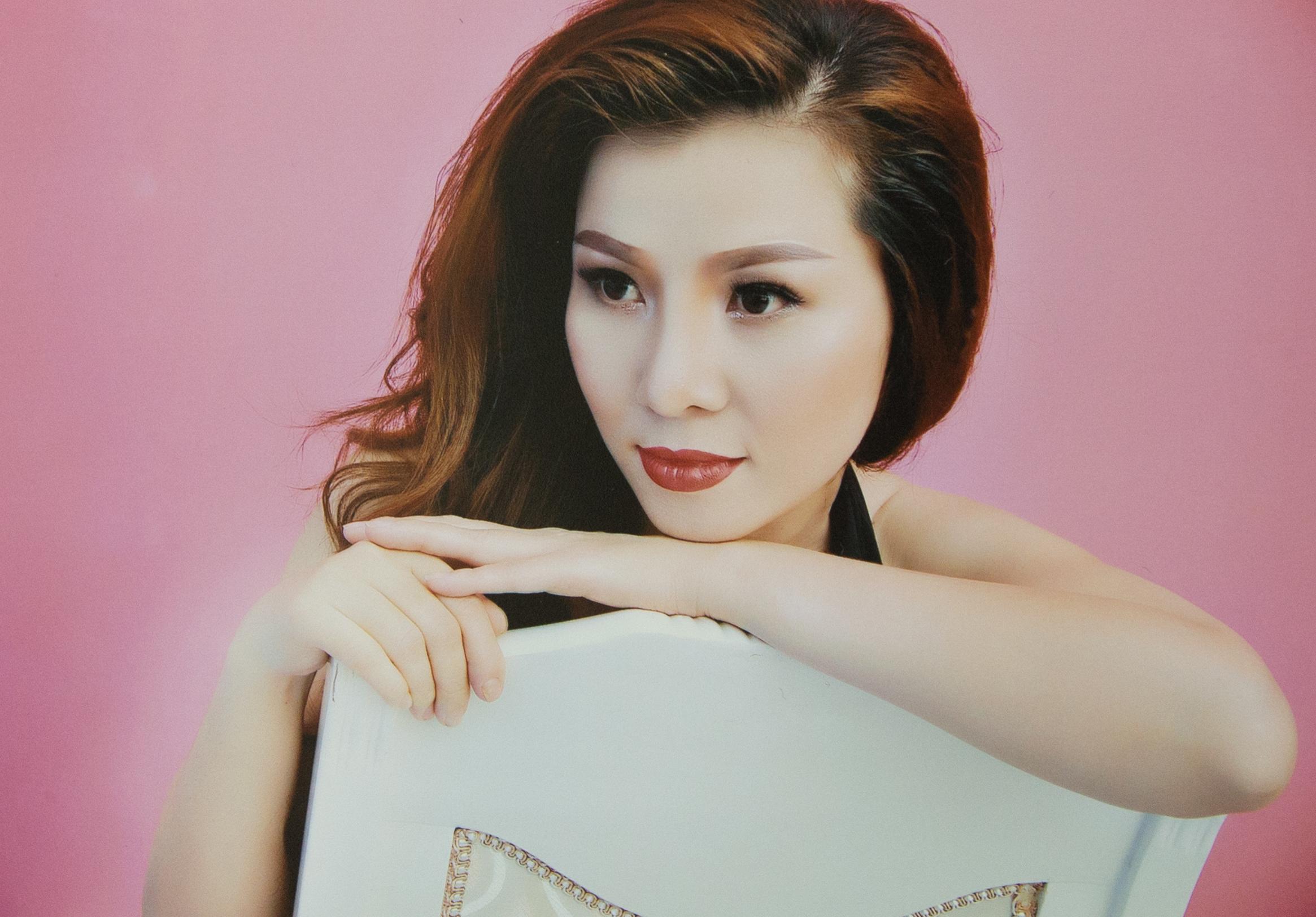 Ca sỹ Kiều Khanh- chính thức được mời trình diễn trong đêm chung kết hoa hậu tại Mỹ