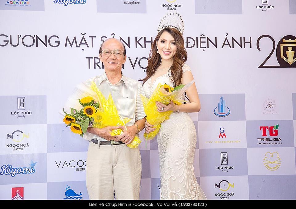 Hoa hậu điện ảnh Jenny Tuyến quyến rũ trong sắc trắng sự sự kiện