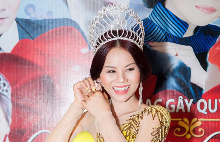 Chân dung nhà sáng lập quyền lực cuộc thi Hoa hậu áo dài Việt Nam tại Mỹ