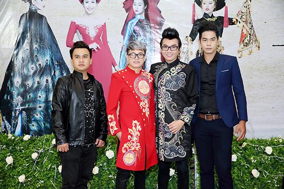Á vương Ký Quốc quý ông đắt show nhất trong giới người mẫu, doanh nhân