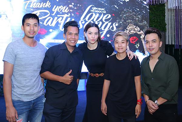 Tiệc mừng thành công liveshow của Hồ Ngọc Hà