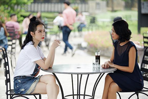 Thời trang biến hóa của Angela Phương Trinh trong 'Glee'