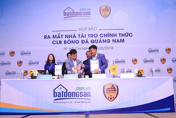 Batdongsan.com.vn chính thức trở thành nhà tài trợ của CLB bóng đá Quảng Nam tại V-League 2018
