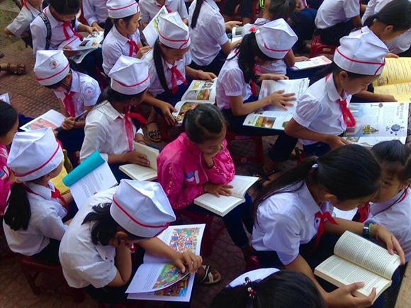 Học sinh trường Trung học cơ sở Phổ Hòa tích cực hưởng ứng Ngày hội đọc sách