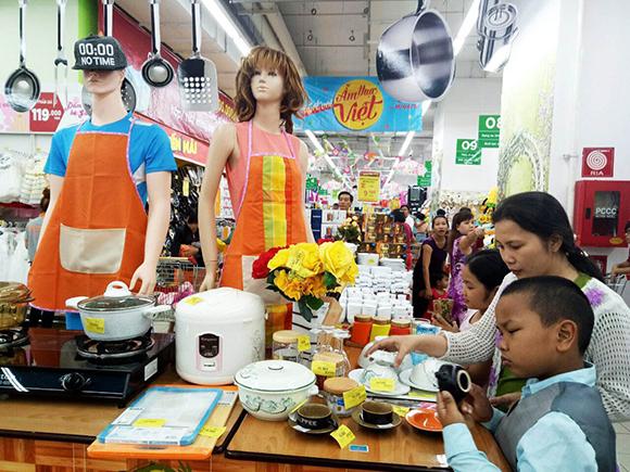 Big C giảm giá 50% với hơn 1.500 sản phẩm ẩm thực