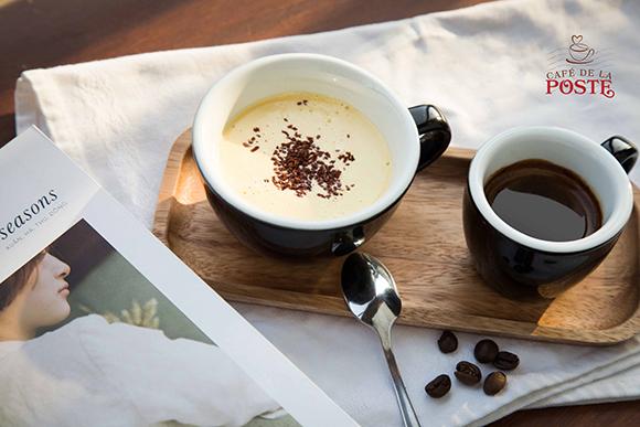 """Ra mắt """"Cà phê trứng"""" – thức uống làm say đắm lòng người tại Cafe De la Poste"""
