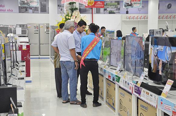 Nhiều chương trình khuyến mãi hấp dẫn khi mua sắm tại Điện Máy Thiên Hòa