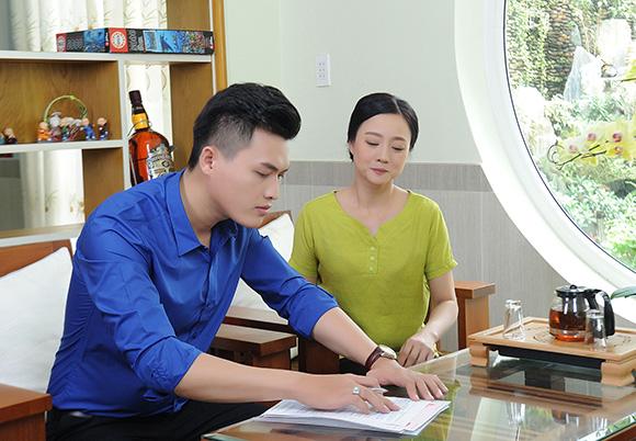 Ca sĩ Lưu Thiên Ân ghi dấu ấn trong mùa Vu lan với sản phẩm nghệ thuật Bàn tay mẹ