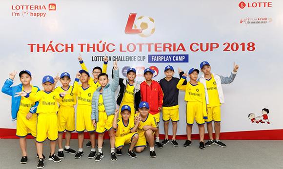 """""""Thách thức Lotteria Cup"""" luôn là bước đệm vững chắc chắp cánh những ước mơ của các cầu thủ nhí"""