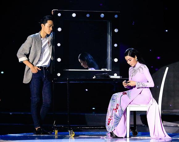Ca sĩ Phi Nhung: Băng Khuê là cái tên được cô chú nhất tại cuộc thi Duyên dáng Bolero 2019.