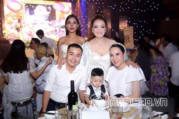 NTK Oanh Phan tổ chức sinh nhật hoành tráng đón tuổi mới