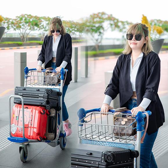 Á hậu áo dài tại Úc chia sẻ quản lý hệ thống nail thương hiệu Lynn mới trong kinh doanh