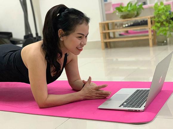 Dòng chia sẽ đầy cảm xúc của HLV Yoga Đỗ Diễm Chi