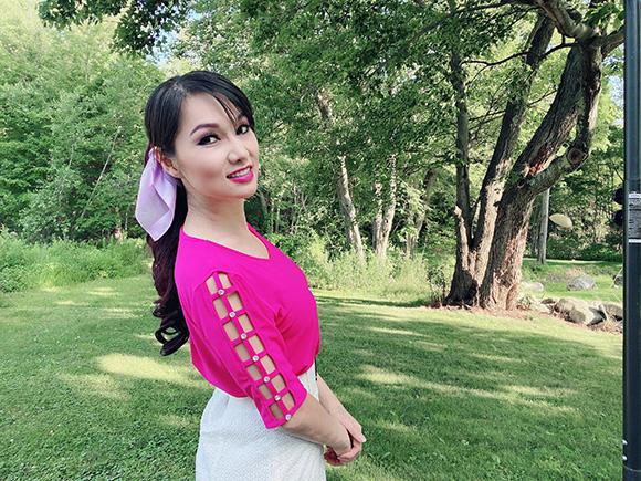 Giải mã hiện tượng thu hút lượt view của xướng ngôn viên Kavie Trần trên đài Phố Bolsa TV