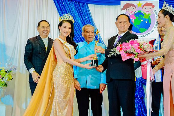 Người đẹp gốc Phú Thọ đăng quang Hoa hậu doanh nhân thế giới