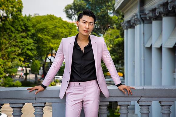 Diễn viên Trần Trung cuốn hút bởi nét lãng tử trong veston dành cho phái mạnh