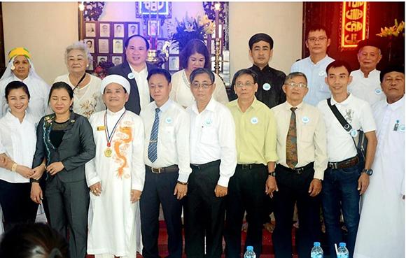Cuộc đời cống hiến cho Tôn giáo- Dân tộc của Chánh hội Trưởng Chánh Đạt qua phong sự ảnh